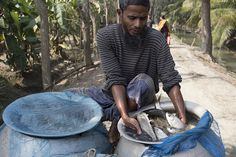 Fish harvest ready for market, Bangladesh. Photo by Samuel Stacey, 2012 by The WorldFish Center, via Flickr