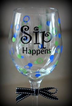 I love the color combination on this one! This wine glass went to Vegas on a plane and homed itself in AZ 🙂 I love the color combination on this one! This wine glass went to Vegas on a plane and homed itself in AZ 🙂 Wine Glass Sayings, Wine Glass Crafts, Wine Craft, Wine Bottle Crafts, Wine Bottles, Wine Quotes, Jar Crafts, Glass Bottle, Decorated Wine Glasses