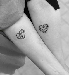 Meaningful Tattoos For Couples, Small Couple Tattoos, Cute Small Tattoos, Couple Tattoo Ideas, Couple Ideas, Bff Tattoos, Friend Tattoos, Mini Tattoos, Tattos