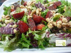 Los Postres de Elena: Ensalada verde con vinagreta de fresas. http://www.lospostresdeelena.com/2017/05/ensalada-verde-con-vinagreta-de-fresas.html . #Cocina #Gastronomia #Recetas #Tenerife #Canarias #España #Ensaladas #Vegetariana #Vegana #Vegetarian #Vegan