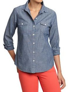 Old navy makes a polka dot chambray shirt! Okay, this is gonna have to make its way to my closet.