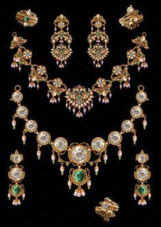 Pearl neclace set by Kailash Kumar on Rajputi Dress, Fashion Beauty, Pearls, Antiques, Bracelets, Gold, Asia, Indian, Jewellery