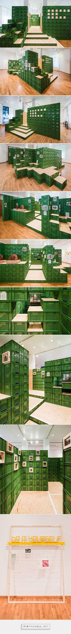 yalla yalla! stacks vegetable crates for exhibition in germany - created via http://pinthemall.net: