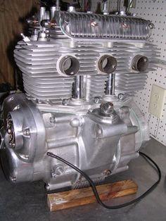 triumph motorcycle engines   Triumph Trident T150v Engine