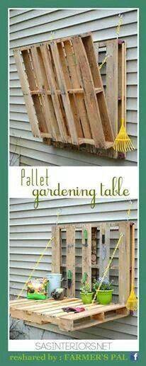 Gardening table