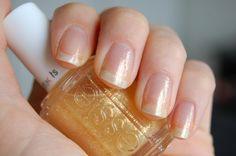 Essie - As Gold As It Gets #nailpolish Essie Colors, La Nails, Clear Nail Polish, Pedi, Glitters, Manicure, French, Gold, Nail Bar