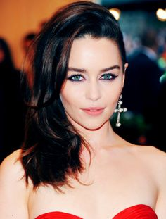 Emilia Clarke - Game of Thrones actress almost unrecognizable with her dark locks..