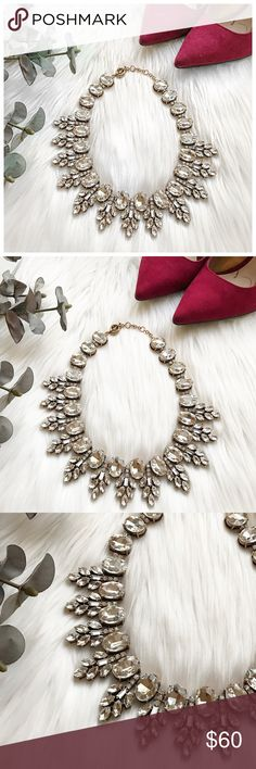 Beautiful crystal necklace! Beautiful jcrew factory necklace! Perfect for this season! J. Crew Jewelry Necklaces