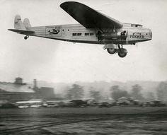 https://flic.kr/p/cVA7P7 | Fokker F-32. 1929 | Photo: Het Leven collection (http://www.geheugenvannederland.nl/?/en/collecties/leven)