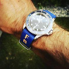 bracelet nato perosnnalisé #nato #braceletnato #braceletmontre #braceletpersonnalise #natostraps #natoband #natostrapsband #rolex #submariner Bracelet Nato, Rolex Submariner, Breitling, Omega Watch, Watches, Bracelets, Accessories, Pom Poms, Round Basket