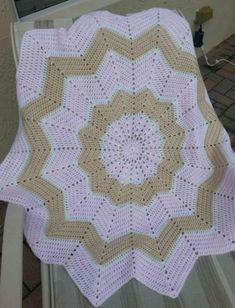 Crochet pink and beige star baby girl blanket