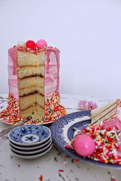 Poppytalk: DIY Raspberry-Glazed Bubble Cake + Sprinkle Wrangling!