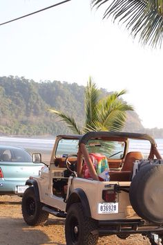 Wish I was sitting someplace like this...in my Jeep.