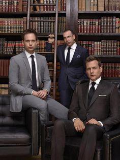Photo de Gabriel Macht, Patrick J. Adams, Rick Hoffman dans la Suits, avocats sur mesure - Saison 4 de la série Suits : avocats sur mesure