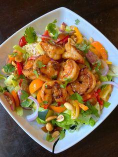 Thai Peanut Salad, Thai Peanut Noodles, Thai Noodles, Whole Food Recipes, Diet Recipes, Cooking Recipes, Healthy Recipes, Weight Watchers Salad, Thai Noodle Salad