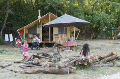 Tente Toile et bois camping nature