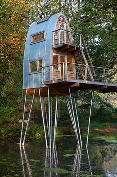 """Treehouse Solling by Baumraum ... Haus auf """"Storchenbeinen"""" ... ob ich mich da sicher fühlte ...? Vertrauen in die STATIK!"""