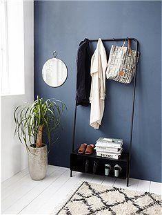 Garderobe Regal Von House Doctor Kleine Raume Einrichten