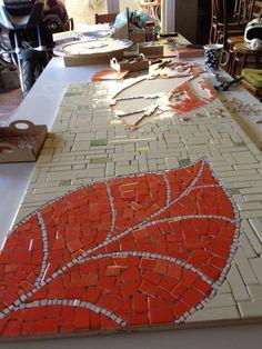 Mosaic Garden Art, Mosaic Tile Art, Mosaic Flower Pots, Mosaic Artwork, Mirror Mosaic, Mosaic Crafts, Mosaic Projects, Stone Mosaic, Mosaic Glass