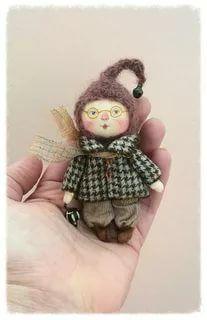 Handmade Soft Toys, Handmade Gifts, Diy Toys, Toy Diy, Textiles, Bear Doll, Cute Toys, Soft Dolls, Miniature Dolls