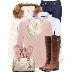 Piumino bianco e maglia rosa