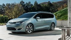 2017 Chrysler Pacifica Minifan Hybrid First Drive
