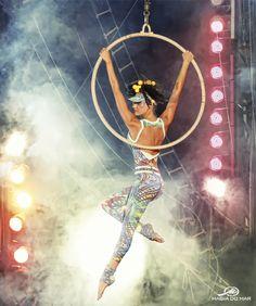 Arte circense na coleção Air Fitness 2013 / Lira