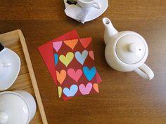 Cartão e envelope Corações (fundo chocolate), do Atelier Joliz