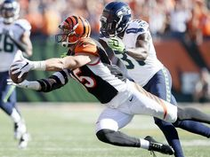 Bengals notes: Eifert 'one of the best tight ends in the business'. Photo: Cincinnati Bengals tight end Tyler Eifert (85) dives to catch a pass in the fourth quarter during the NFL game between the Seattle Seahawks and the Cincinnati Bengals, Sunday, Oct. 11, 2015, at Paul Brown Stadium in Cincinnati, Ohio. The Bengals defeated the Seahawks 27-24 in overtime. The Enquirer/Kareem Elgazzar
