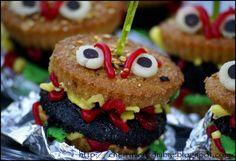 Cherry Veg Zombie: Aaargh... Halloween Burger killers Cupcakes!