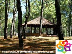 MICHOACÁN MÁGICO te dice que en pueblo mágico de Tacámbaro, encontraras el Parque Ecológico El Hueco que te recibe a través de una calzada de piedra y pinos, es el lugar ideal para convivir y hacer deportes, cuenta con lugares equipados de parrillas y un kiosco ofreciendo una hermosa vista. HOTEL DELFIN PLAYA AZUL http://www.hoteldelfinplayaazul.com/portal/