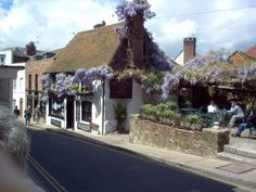 Wisteria covered pub in Rye, East Sussex