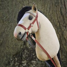 """Mustang hobbyhorse """"Mistral"""" Hobbies For Girls, Hobbies And Interests, Hobbies And Crafts, Stick Horses, Horse Crafts, Hobby Horse, Horse Photos, Horse Head, Animals"""