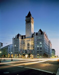 Details on Trump Hotels' plans to turn Washington D.'s Old Post Office building into a luxury hotel. Samos, Big Ben, Washington Dc Hotels, Trump International Hotel, Old Post Office, Bora Bora, Luxury, Travel, Outdoor