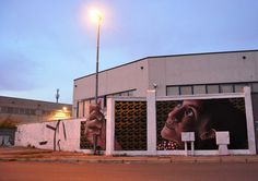 Nerviano, Italy: new anamorphic piece by Italian street artist Cheone #streetart #art  http://mathgoth.com