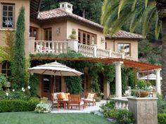 Rustic Italian Home Tuscan Style Homes, Tudor Style Homes, Mediterranean Style Homes, Spanish Style Homes, Tuscan House, Mediterranean Architecture, Tuscan Garden, House Architecture, Style At Home