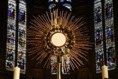 Adoration perpétuelle eucharistique - Missionnaires de la Très Sainte Eucharistie