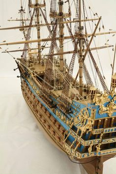 The French Soleil Royal of 1669 Model Sailing Ships, Old Sailing Ships, Model Ship Building, Boat Building, Mercedes Stern, 3d Templates, Scale Model Ships, Pirate Boats, Boat Crafts