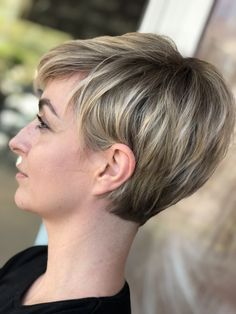 Pixie Haircut For Thick Hair, Short Hair Undercut, Haircuts For Fine Hair, Girl Haircuts, Short Textured Hair, Short Hair With Layers, Short Hair Cuts, Short Haircut Styles, Hair Affair