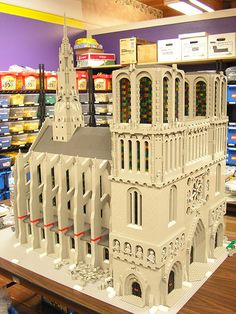 Built at City Blocks LEGO Art Studio in Tacoma, WA. This is for a corporate event in Boca Raton, FL. The model will be shipped and reassembled in modules during the 4 hour event. We also retain this model, so it may be displayed in the future. This was built from scratch in 5 days. I designed it and another builder copy-built. It's intentionally simple due to the nature of the commission and the time alloted for building, but I'm happy with a few of the details. It's fairly unrealistic to have t Lego Structures, Lego Village, Lego Videos, Lego Boards, Amazing Lego Creations, Lego Blocks, Lego Modular, Lego Castle, Lego Architecture