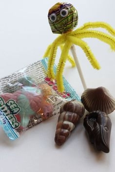 Under the ocean party - Sea party gift This idea is great as a gift for the next mermaid or underwater party on children& - City Under The Sea, Under The Ocean, Under The Sea Party, Birthday Tags, Birthday Favors, Birthday Ideas, 8th Birthday, Birthday Decorations, Birthday Parties