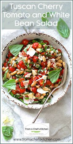 Tuscan Cherry Tomato and White Bean Salad is a beautiful summer salad that's perfect alone or on the side with almost any grilled protein! #tuscanfood #cherrytomato #tomato #whitebean #cannellinibean #bean #salad Tuscan Recipes, Best Italian Recipes, Tuscan Salad, Side Salad Recipes, Tomato Sauce Recipe, Healthy Grilling, Picnic Foods, Summer Salad, Bean Salad