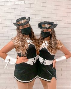 Drill Team Uniforms, Dance Team Pictures, Texas High School, Native American Paintings, Dancers, Lightning, Squad, Captain Hat, Girl Outfits