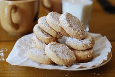 ... on Pinterest | Salted caramel sauce, Shortbread cookies and Flat cakes