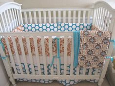 very cute, neutral baby bedding