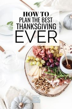 Get organized for Thanksgiving with this complete guide and free printable Thanksgiving planner with planning ideas. Face this holiday with a clear mind and a solid plan. Party Planning, Meal Planning, Getting Organized At Home, Beautiful Kitchen Designs, Dinner This Week, Productivity Hacks, Holiday Activities, Thanksgiving Ideas, Kitchen Organization