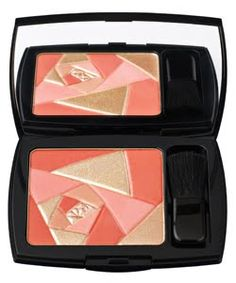 lancome highlighting blush! don't have it but i do want!