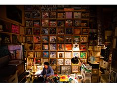 Mickey McGowan - San Rafael, CA - Dust & Grooves - Adventures in Record Collecting. A book about vinyl records collectors Vinyl Storage, Record Storage, Record Shelf, Vinyl Record Shop, Vinyl Records, Vinyl Collectors, Audio Room, Vinyl Junkies, Musica