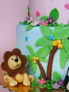 Animal cake by bubolinkata, via Flickr