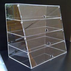 build a plexiglass display case Rak Display, Bakery Display Case, Pastry Display, Cupcake Display, Display Cases, Bracelet Display, Jewellery Display, Bake Sale Displays, Food Company Logo
